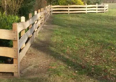 Zaun aus Robinienholz Vierkant-Pfählen